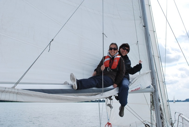 eli&pia main sail