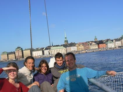 Arrivés en voilier au centre de Stockholm !
