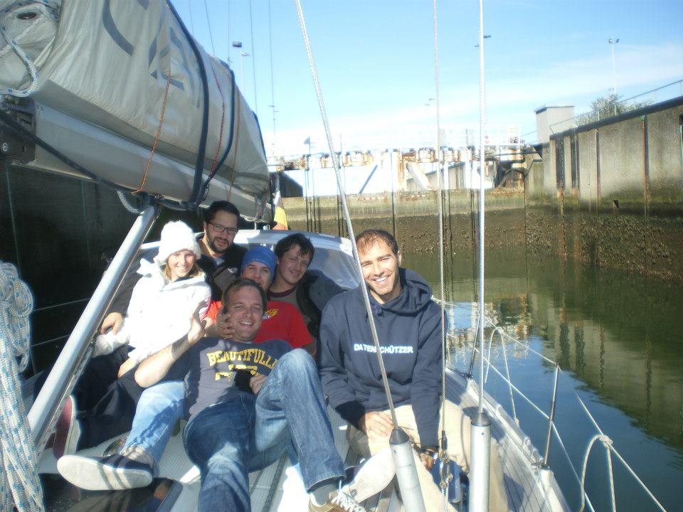L'équipage dans l'écluse d'Oostende