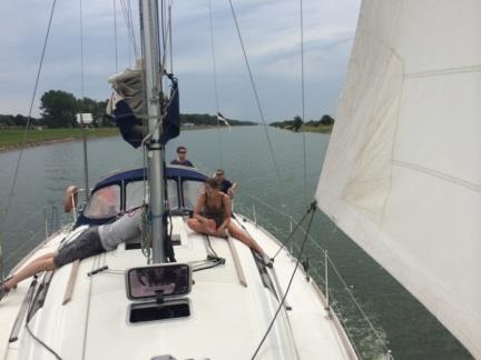 Sailing Boat in Kanaal door Walcheren