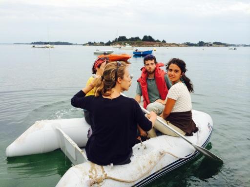 En annexe pour rejoindre le bateau