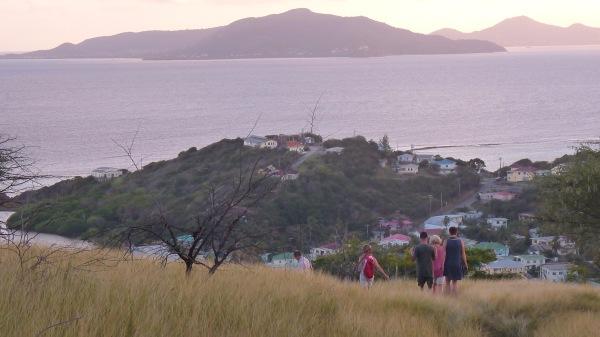 Sur Fort Hill (Union Island), vue sur Cariacou