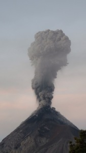 Eruption du Volcan Fuego